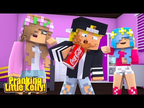 LITTLE CARLY PRANKS LITTLE KELLY AND HER BOYFRIEND CHAD! (Minecraft Roleplay).