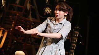 元乃木坂46メンバーで女優の井上小百合が1日、東京・下北沢の本多劇場で行われたひとり芝居「DISTANCE」に出演した。 「DISTANCE」は、新型コロナウイルス感染拡大 ...