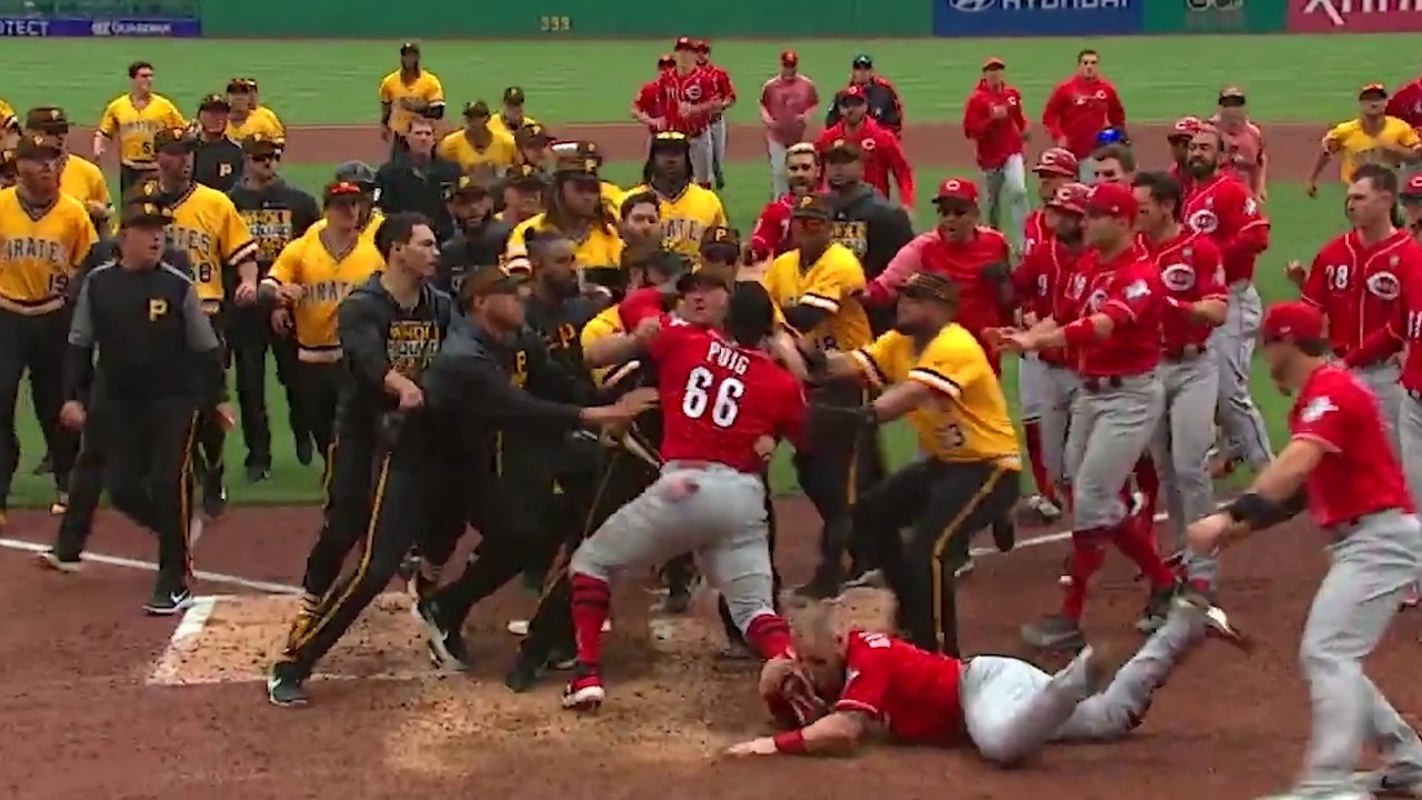 MLB issues 8 suspensions after Cincinnati Reds-Pittsburgh Pirates brawl; David Bell out 6 games