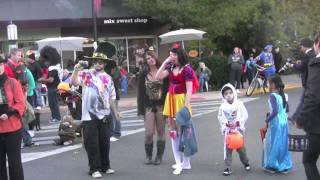Halloween 2011 Ashland Oregon Parade graphic-illusion.com