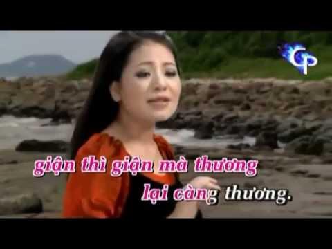 Karaoke Em Yeu Anh Nhu Yeu Cau Vi Dam.wmv