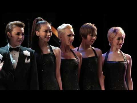 Takarazuka CHICAGO Stars Visit Broadway