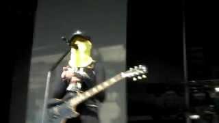 Madonna hooded - Turn Up The Radio Rehearsal (Nice, 08.21.12)