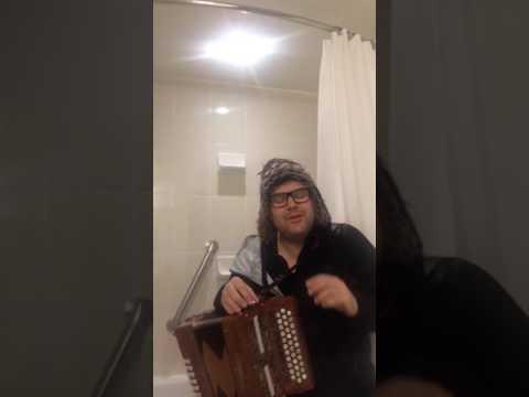 C#/d/g melodeon Tim Edey plays his piece Kent to Kintail