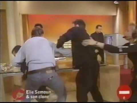 Elie Semoun se fait agresser chez Delarue !!!