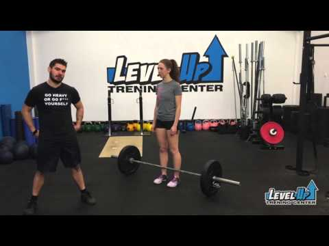 Sumo Deadlift | LevelUp Trening center | Fitnes