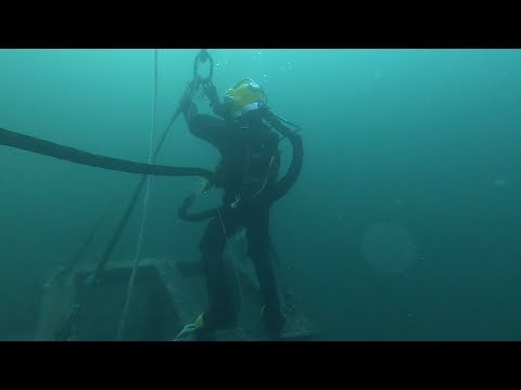 Lifting 900 Kg Steel Table Underwater (Become A Commercial Diver At NYD) - Ep 09