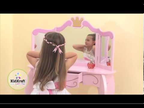 coiffeuse et tabouret princesse kidkraft youtube. Black Bedroom Furniture Sets. Home Design Ideas