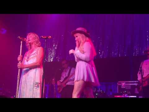 Kesha and mom Pebe - Old Flames - Bogart's Cincinnati
