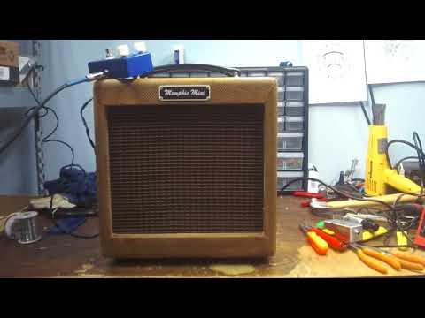 A short Demo of the Memphis Mini Blues Harmonica Delay Pedal
