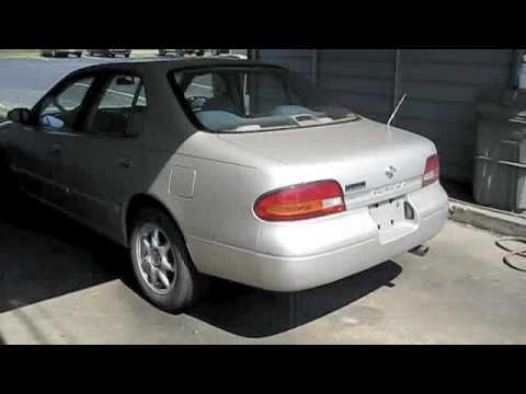 Check Out And Start Up 1993 Nissan Altima - YouTube