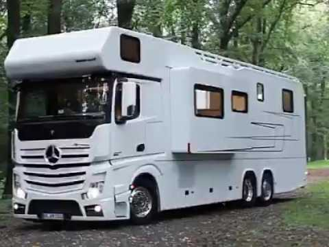 Benz: bus house