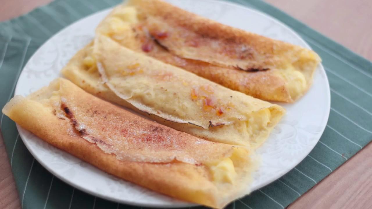 Filloas Recheas De Crema Pasteleira