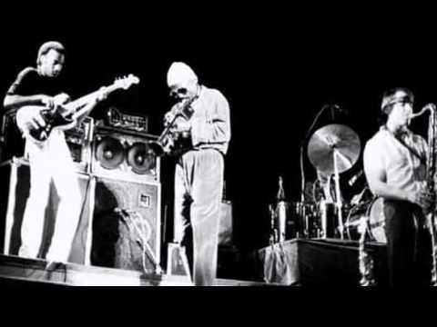 Miles Davis- December 31, 1981 Beacon Theatre, New York City