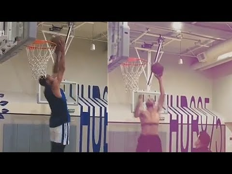 Stephen Curry Tries New Dunks (Reverse and One Handed Dunks)