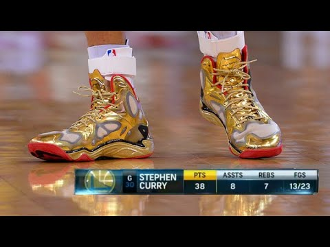The Game Steph Curry Played With Gold Shoes Youtube
