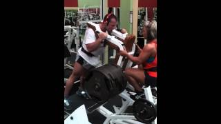 Mike Courtney and Shannon hitting legs