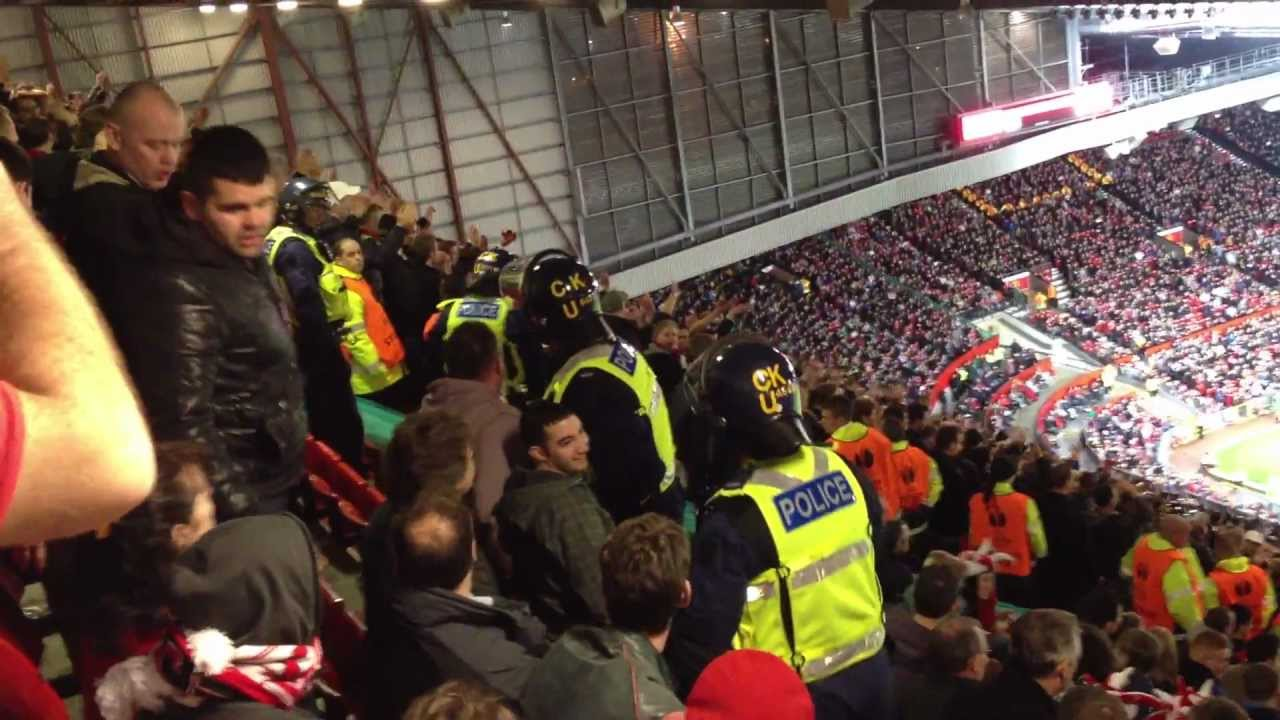 Manchester United Vs Ajax 1-2 2012 - Bring In The Riot ...