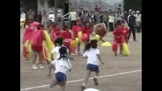 山形市立鈴川小学校大運動会。平成16年5月。