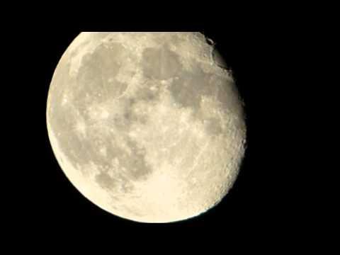 Panasonic Lumix DMC-FZ72 --- Zoom Test -Mond -Moon -Luna