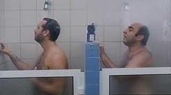 Gay shower and coupling (doccia e abordaggio )