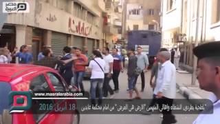 فيديو| بلطجية يطردون أهالي متهمي