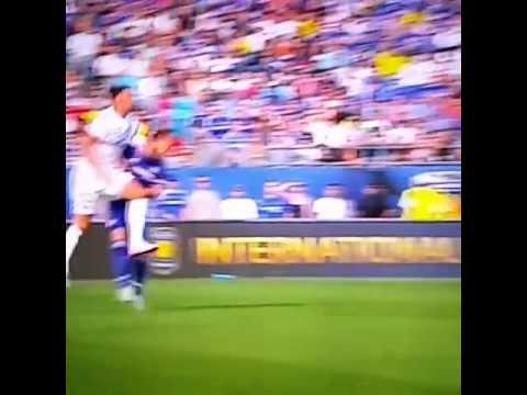 Zlatan Ibrahimovic does a wrestling move on John Terry | PSG vs Chelsea 1-1 2015