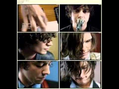 The Strokes-Reptilia(Lyrics)HQ