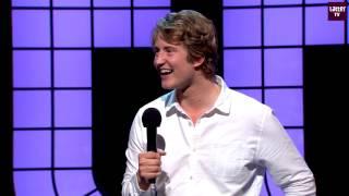 Christian Mikkelsen - Unger På Flyplasser