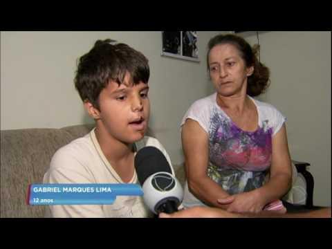 Flagra: Motorista atropela menino de 12 anos e foge