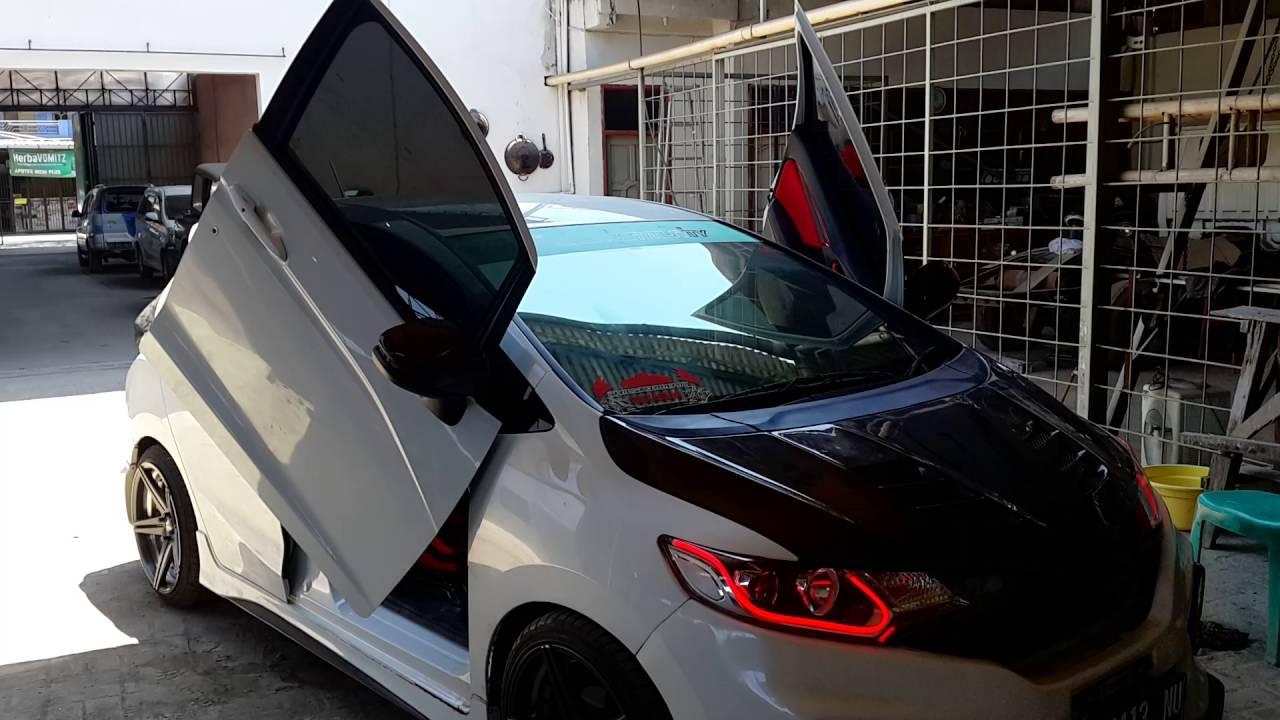 Honda Jazz GK5 Modifikasi Sebelum Tampil Di HIN 2015
