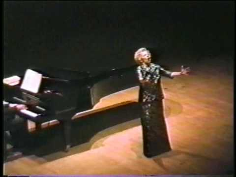 Magda Olivero-  encores (private video)