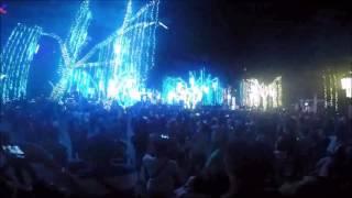 Ayala Triangle Christmas light show. Philippines.