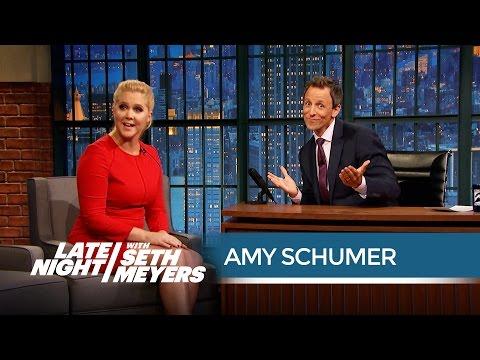 Amy Schumer on the Drawbacks of Living Alone - Late Night with Seth Meyers