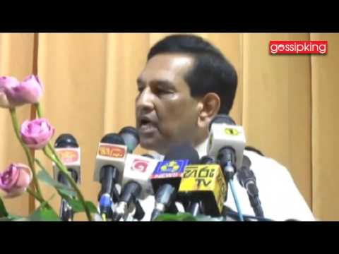 Minister of Health Rajitha Senaratne [www.gossipking.lk]