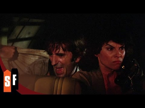 Escape From New York (2/2) Under Siege on Broadway (1981) HD