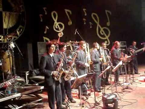 DVD 50 Anos Orquestra Super Oara - AMOR e CACHITA.