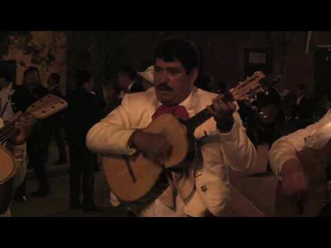 los mariachis.mp4
