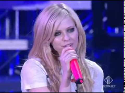 Avril Lavigne   When Youre Gone Live