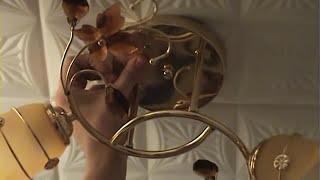 видео Как повесить люстру