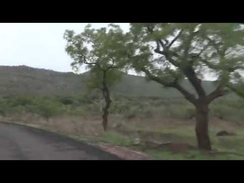 Drive from Ajanta Caves to parking area