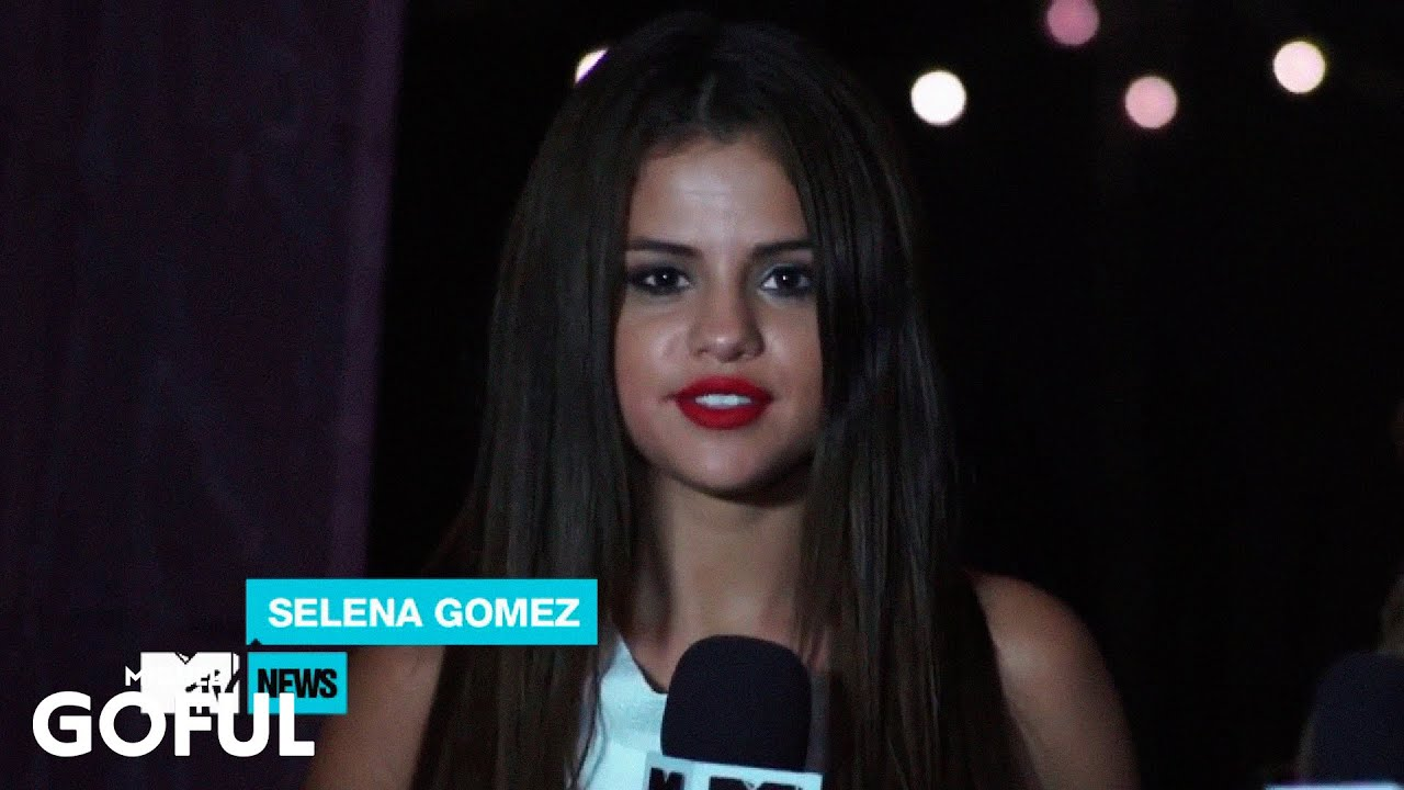 Selena gomez behind the scenes stars dance tour youtube voltagebd Choice Image