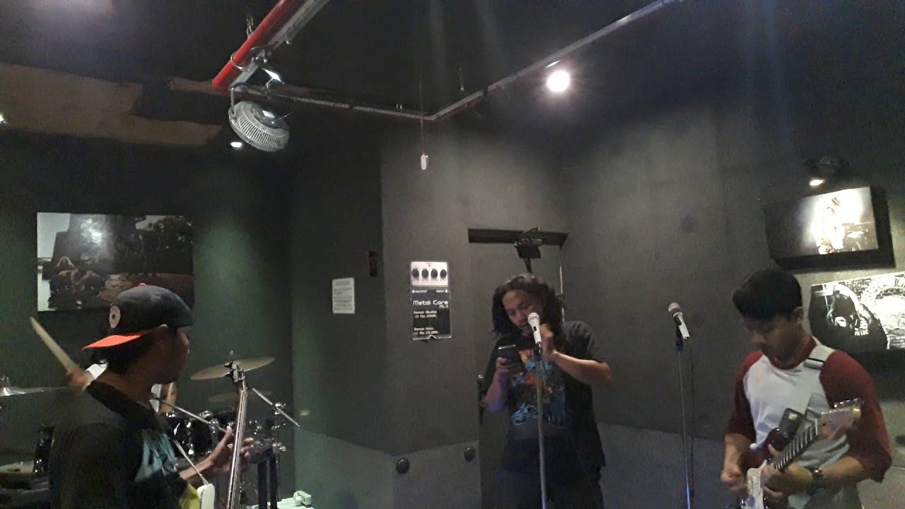 Pizzank Rock - Slank(cover) Rock And Roll