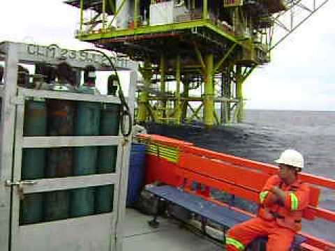 Offshore Job,.Bunker fuel oil during bad wather