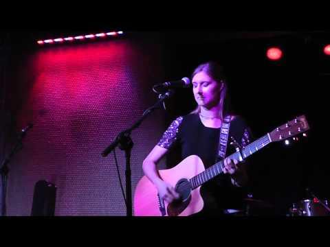 "Kelly Barnett ""Everything I Need"" at 710 Beach Club"