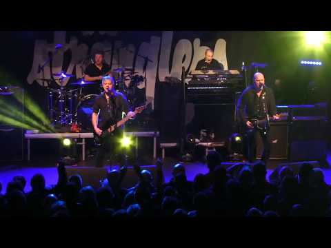 """The Stranglers """"Nuclear Device"""" rock city, Nottingham 12-3-18"""