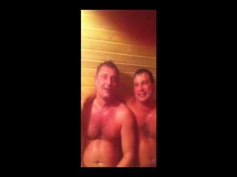 Голие парни в бане душе фото