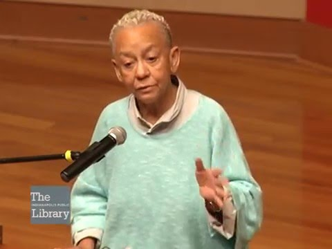 Lecture by Poet Nikki Giovanni at Fall Fest 2015
