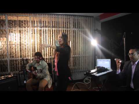 Capital Sound Vivir mi Vida (Cover Marc Anthony )