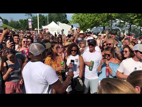 WMZQ Fest - Jimmie Allen Performs Best Shot A Capella In Crowd at WMZQ Fest